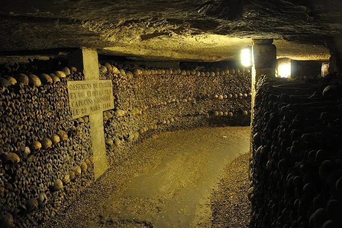 Discover Catacombs of Paris