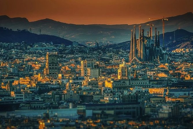 Discover Barcelona by Montjuic cable car