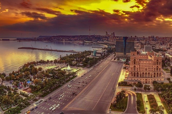 The best of Baku walking tour
