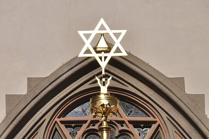 Small-Group Jewish Museum Tour with Admissions