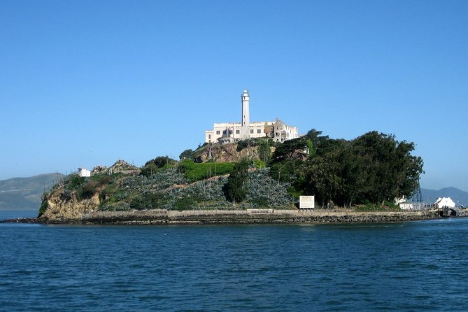Alcatraz Island Tickets with Golden Gate Bay Cruise