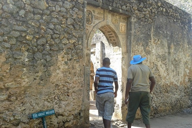 Private Tour to Gedi Ruins Mombasa City