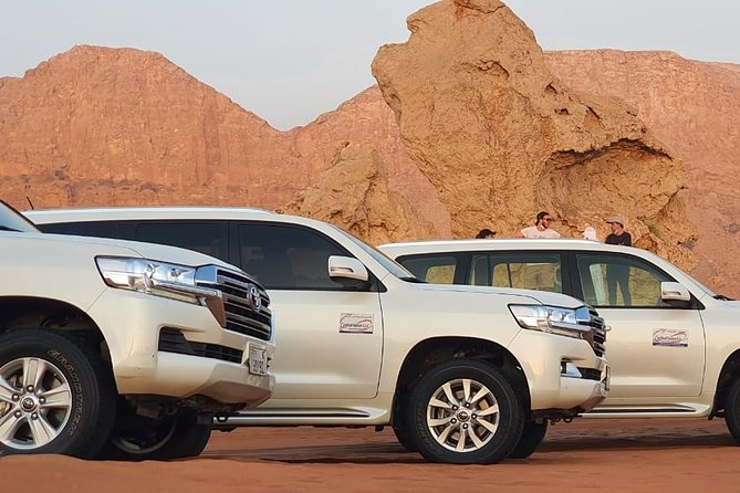 Morning Private Safari – Enjoy the beautiful Desert- Rise and Shine