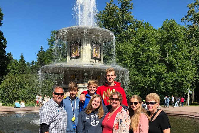 Peterhof Fountains and Hermitage Museum Tour in St Petersburg