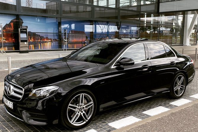 Private Airport Transfer: From Airport Gdansk GDN to Hotel in Gdansk (1-3 PAX)
