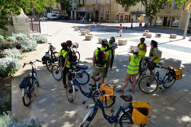 Guided tour of Aix en Provence by electric bike 2h