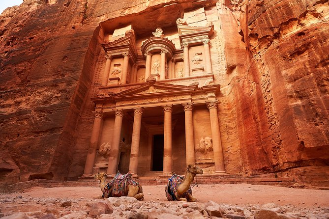 3-Night Private Jordan Golden Triangle Tour: Petra, Wadi Rum, and Aqaba