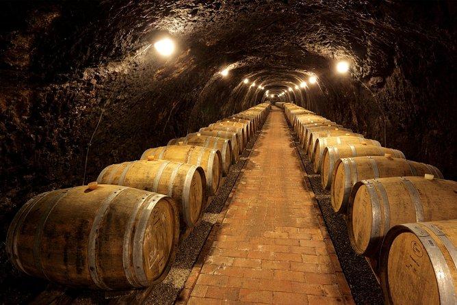 Private Dereszla Wines Tasting and Local Tapas in Tokaj
