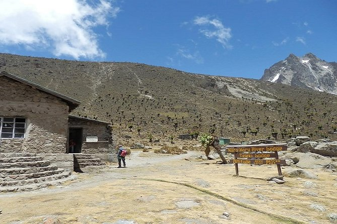 5-Day Private Mount Kenya Climbing from Nairobi