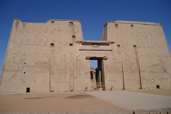 From Luxor: Private Day Trip to Edfu and Kom Ombo