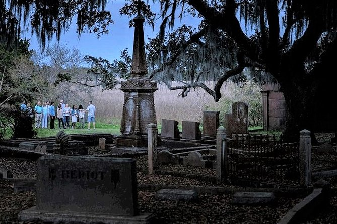 Charleston Ghost & Graveyard Night-Time Guided Walking Tour photo 1
