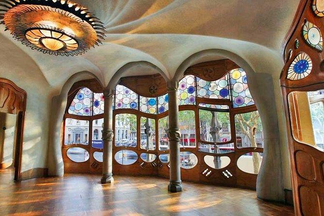 Casa Batlló: Blue Entrance