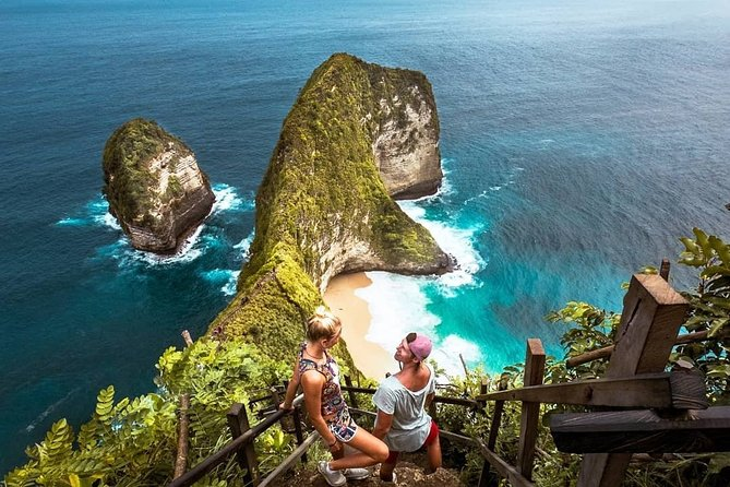 Private Full-Day Tour to Nusa Penida Western Coast