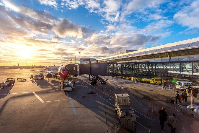 Sydney Airport Premium (DEPARTURE) Transfer
