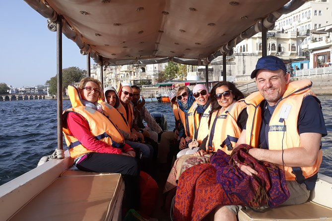 16-Day Rajasthan Multi Adventure Tour with Taj Mahal and Goa