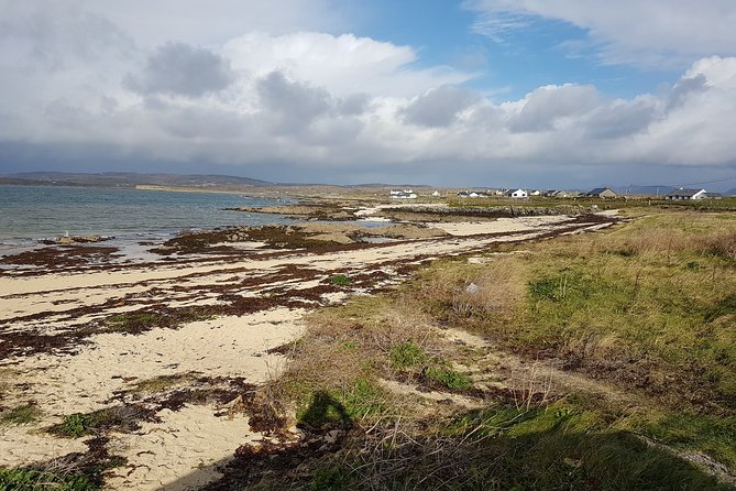 From Galway: Guided tour of Connemara and Kylemore Abbey