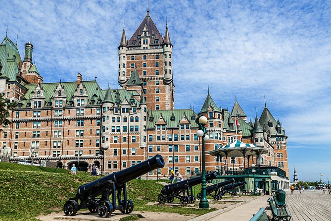 Old-Quebec Photo Tour with a Professional Photographer