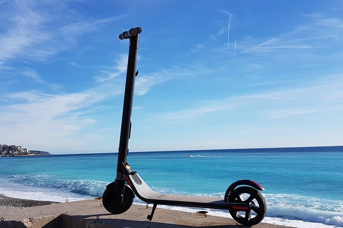 Cannes Electric scooter rental - 4H - CAT A