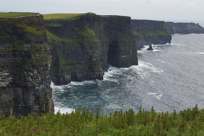 From Limerick: Guided tour of Cliffs of Moher and The Burren