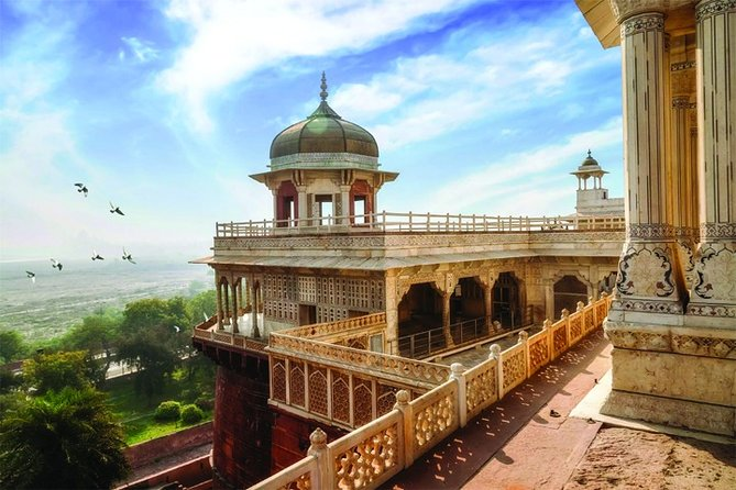 12-Hour Agra Day Trip from Lucknow