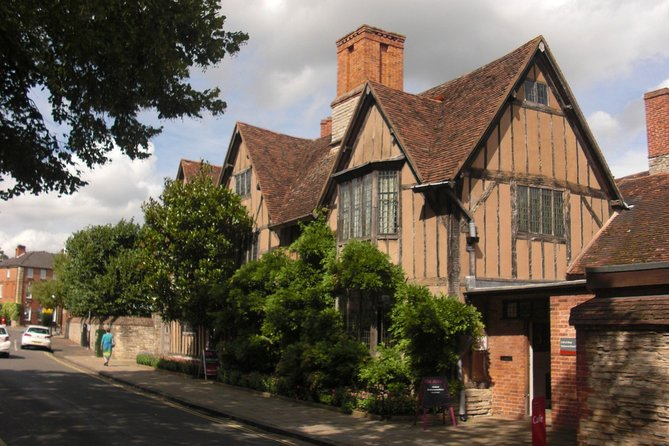 Oxford, Shakespeare Country & Warwick castle private Tour