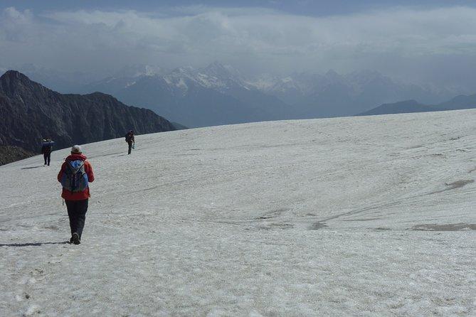 5-Days Indrahar Pass Trekking from Daramshala