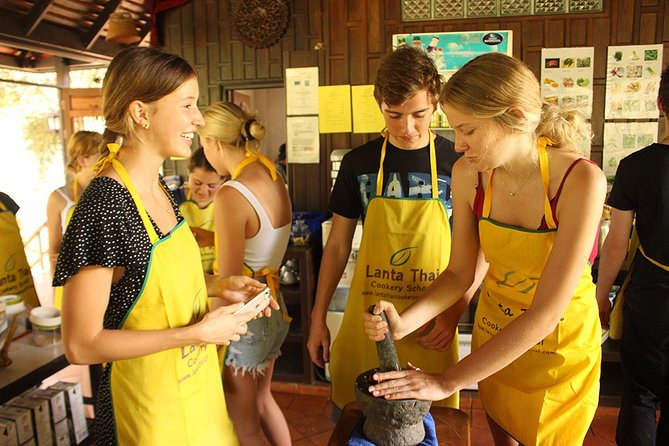 Half Day Lanta Thai Cookery School From Koh Lanta
