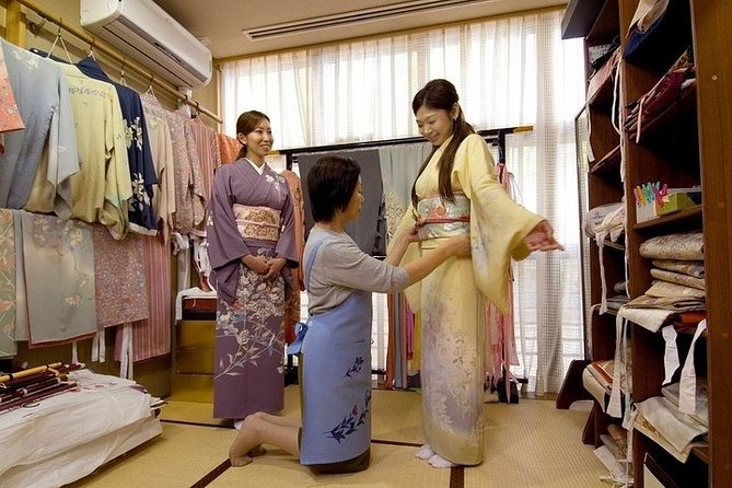 Kimono Dress Experience in Kyoto Shijo with Door to Door Pick Up from hotel