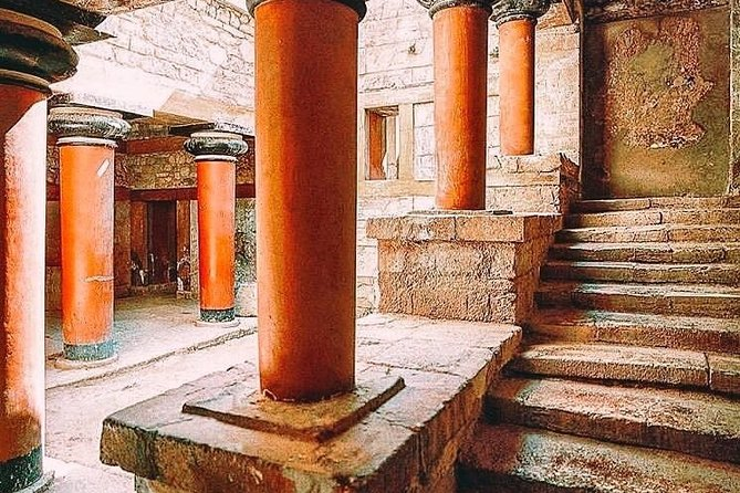 VIP Zeus Cave & Knossos Palace Full-Day Chauffeured Private Tour from Chania