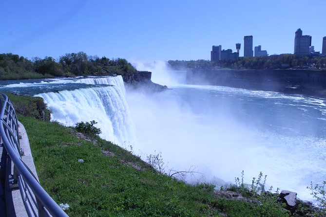 A Walk in the Park tour of Niagara Falls, USA