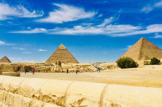 Full Day Tour Giza Pyramids, Egyptian Museum, Khan El-khalili