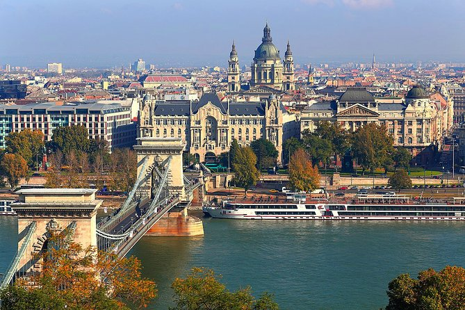 Weekend in Budapest: Private transfer and tours with official tour guide