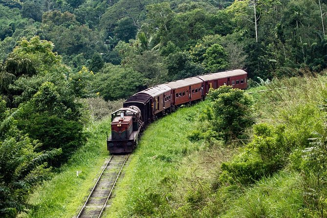 14-nights/15-days Sri Lanka round tour by Car - with Udawalawa Safari