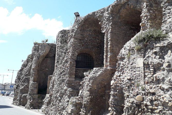 Walking tour in the historical places of Civitavecchia