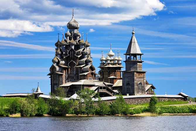 Romantic tour in Kizhi Island