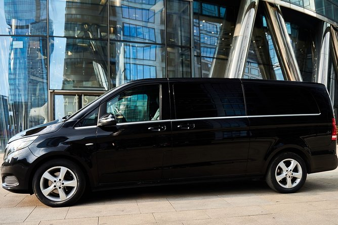 Luxury transport from/to Warsaw - Berlin / Tegel / Schönefeld by private van