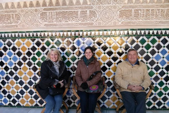 Going to Alhambra? 3 hrs Private Tour! Skip the long lines to visit the Alhambra
