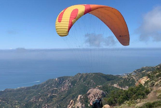 Tandem Paragliding flight with instructor in Malibu