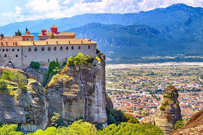 From Athens : Meteora daytrip private tour for groups