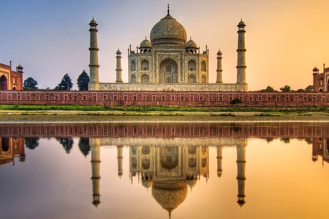 Guided Tour to Taj mahal and Agra Fort with E-tickets
