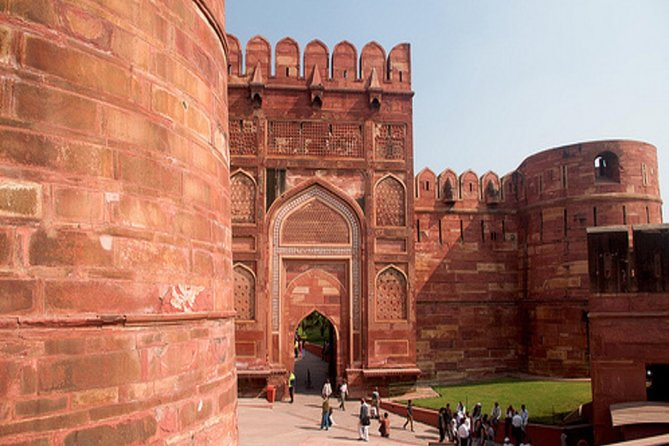Private Half-Day Tour to Taj Mahal and Agra Fort from Agra
