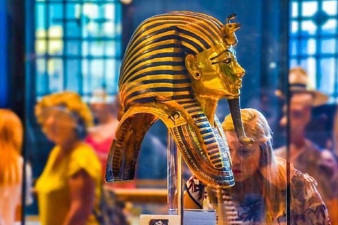 Private Half-Day Tour to Egyptian museum from Cairo