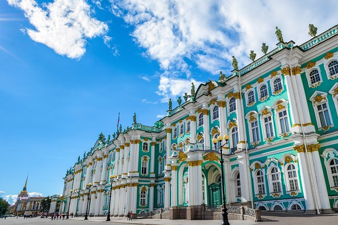 2-Day Small-Group Visa-Free Tour - Top Highlights of St Petersburg