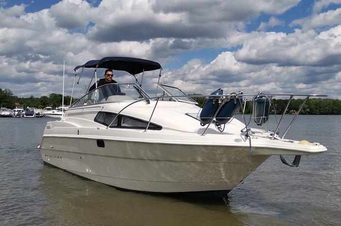 Romantic boat tour for 2