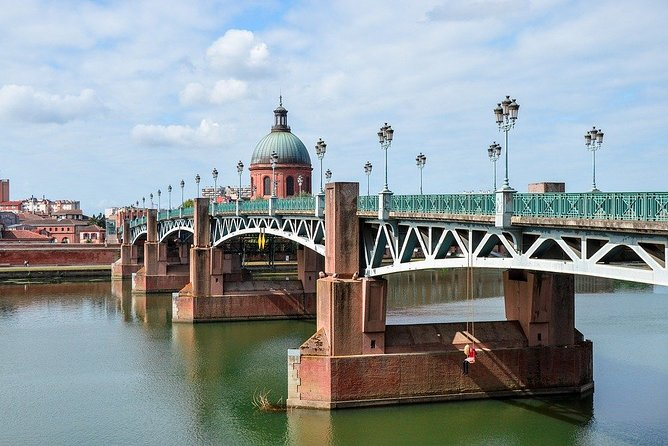 Private 3-hour Walking Tour of Toulouse with Official Tour Guide