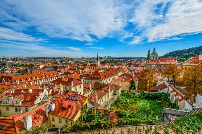 A weekend in Prague: Private transfers and tours with official tour guide