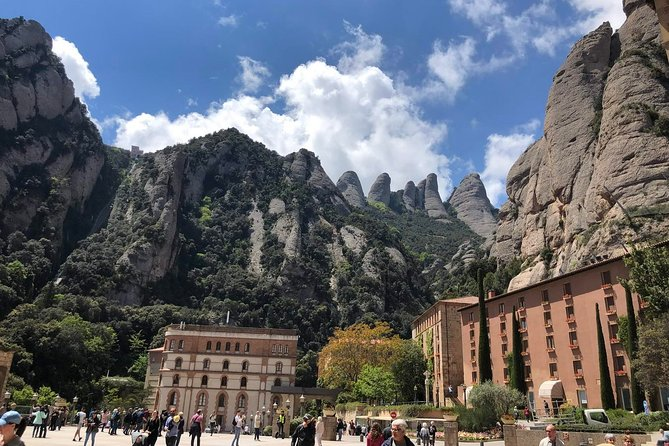 Day Trip From Barcelona: Private Half-Day Montserrat Tour With Pickup