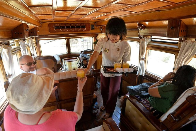 Half-Day Private Rangoon Tour in Vintage Elephant Coach