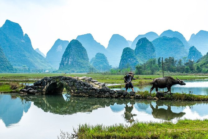 Virtual Guided Tour: Visit China's Landscapes with Hollywood Movies