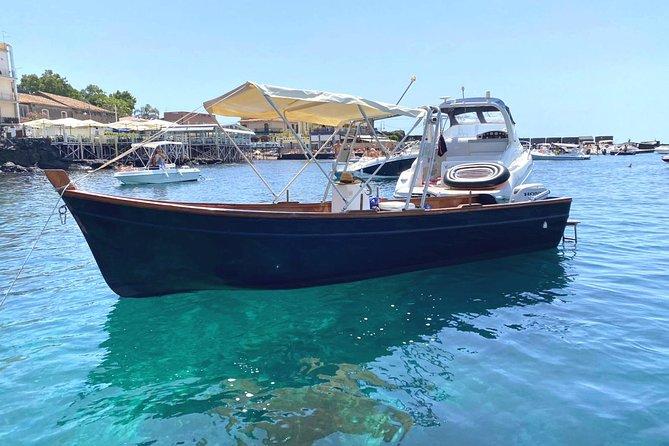 1 hour Boat tour Ciclopi islands